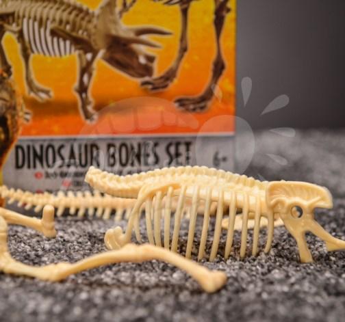 Stavebnice kostry tyranosaura a triceratopse