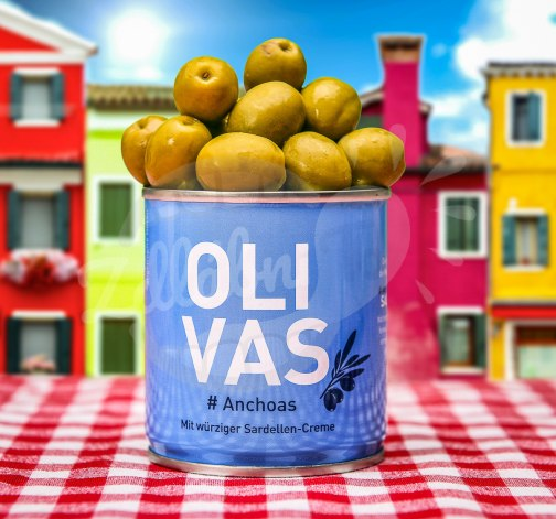 Italske cerne olivy Olivas Anchoas.jpg