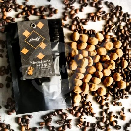 Kávová zrna v čokoládě 63%