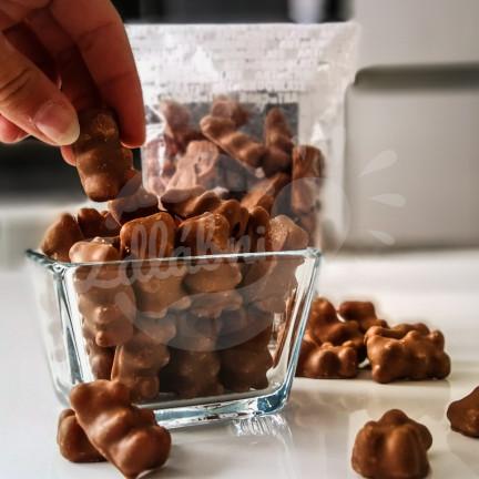 Gumoví medvídci v čokoládě