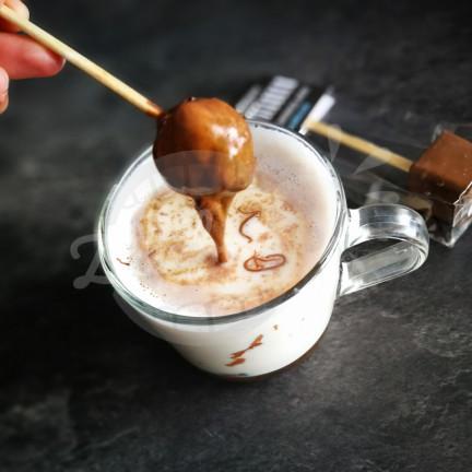 Horká mléčná čokoláda na špejli