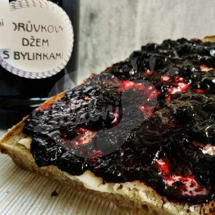Borůvkový džem s bylinkami